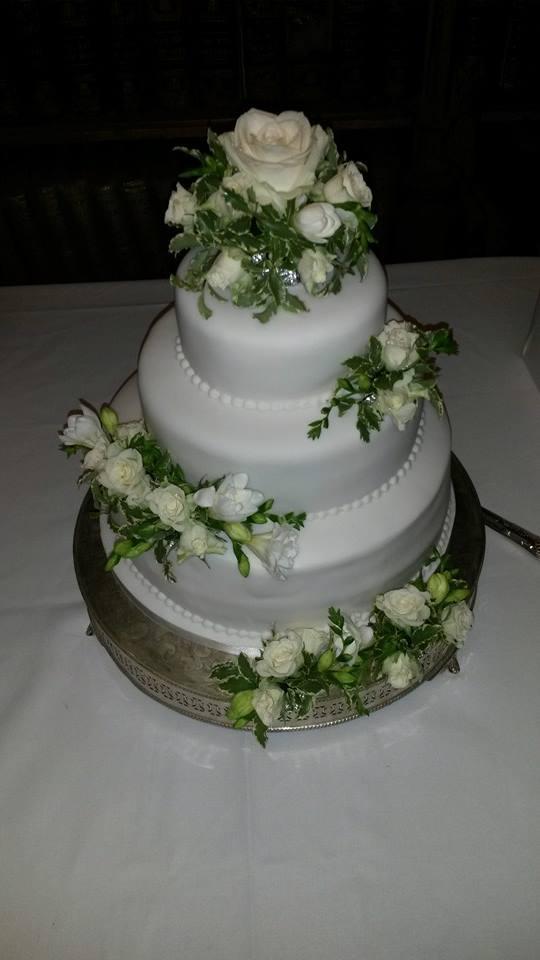 Cake Flowers Junies Florist Gravesend Kent